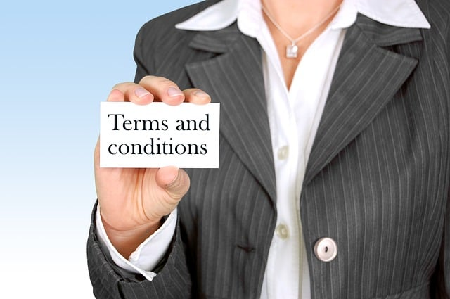 ¿Reorganización de una empresa es causal de terminación de contratos?